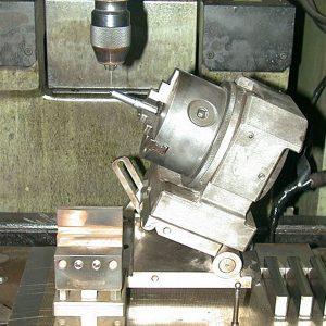 汎用傾斜割出冶具