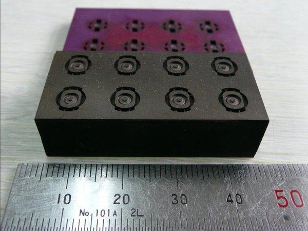 スイッチング素子用セラミックス金型